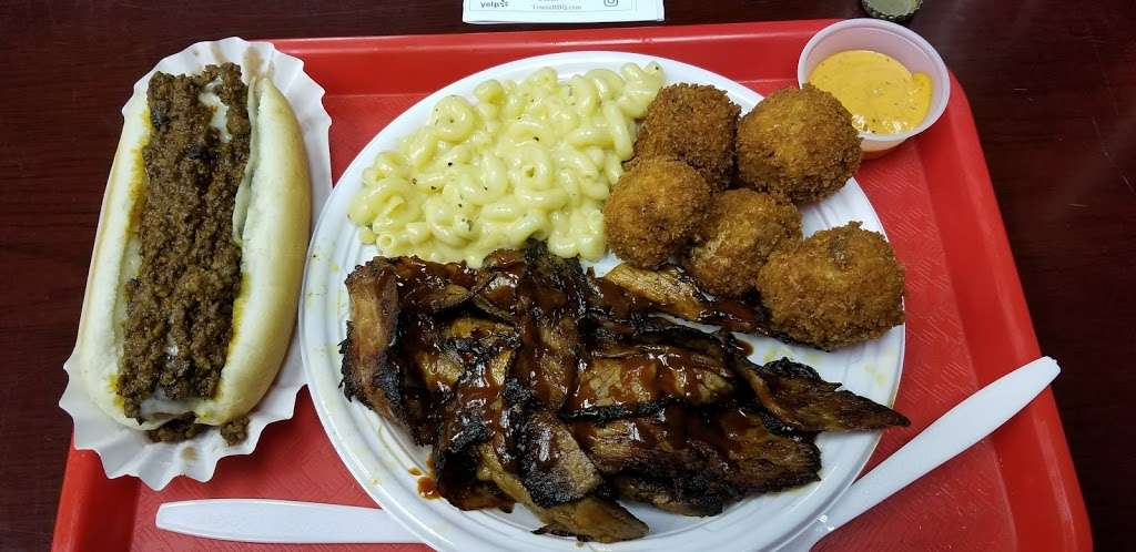 TowneBBQ - restaurant    Photo 2 of 10   Address: 1554 Paterson Plank Rd, Secaucus, NJ 07094, USA   Phone: (201) 210-2222