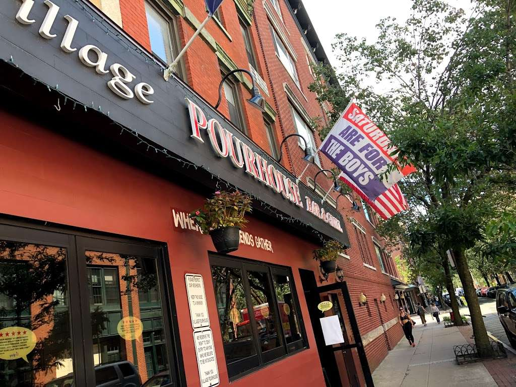 Village Pourhouse - restaurant  | Photo 4 of 10 | Address: 205 1st St, Hoboken, NJ 07030, USA | Phone: (201) 792-2337