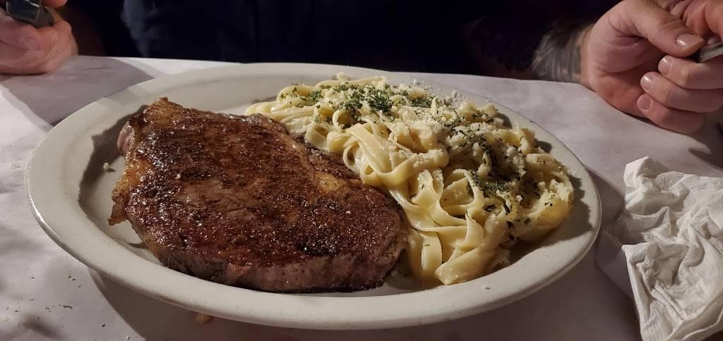 Margies Original Italian Kitchen - restaurant  | Photo 5 of 7 | Address: 9805 Camp Bowie W Blvd, Fort Worth, TX 76116, USA | Phone: (817) 244-4301