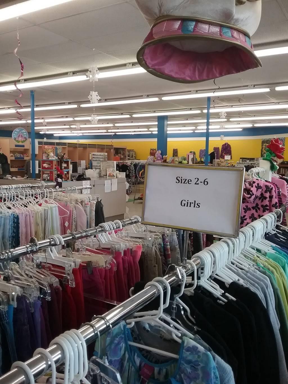 Little Angel Thrift - store  | Photo 2 of 4 | Address: 740 N Main St, Fuquay-Varina, NC 27526, USA | Phone: (919) 577-0614