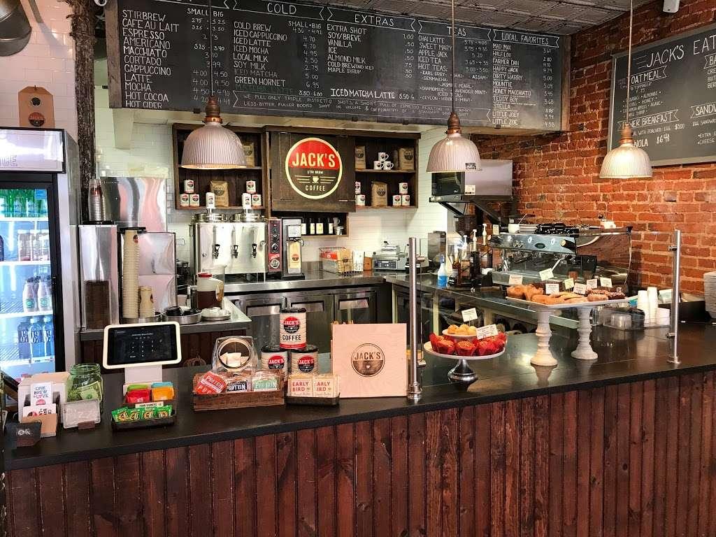 Jack's Stir Brew Coffee - cafe  | Photo 2 of 10 | Address: 222 Front St, New York, NY 10038, USA | Phone: (212) 227-7631