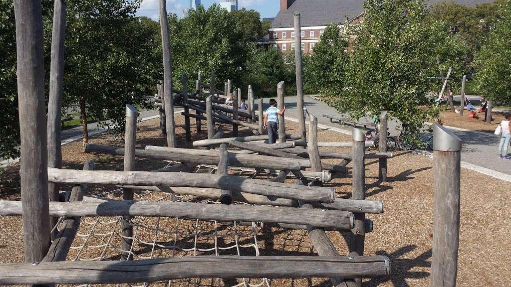 Hammock Grove Play Area - park  | Photo 4 of 10 | Address: New York, NY 10004, USA