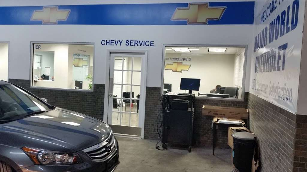 Major World Chevrolet Service - car repair  | Photo 1 of 10 | Address: 39-10 43rd St, Long Island City, NY 11101, USA | Phone: (718) 392-8605