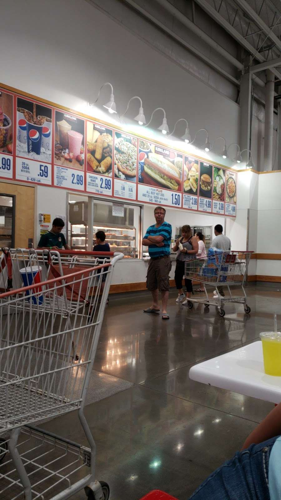 Costco Food Court - meal takeaway  | Photo 1 of 3 | Address: 8400 W North Ave, Melrose Park, IL 60160, USA | Phone: (708) 397-2905