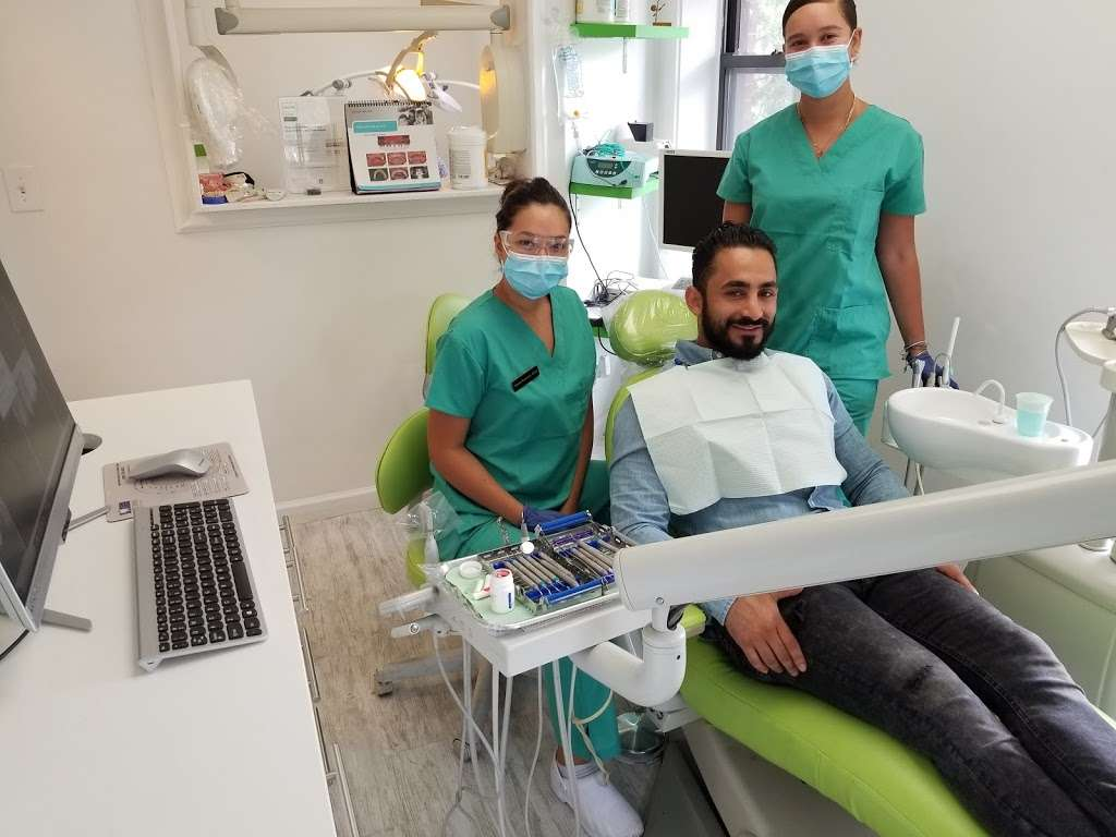 Dental Smile PC - dentist  | Photo 1 of 10 | Address: 30-03 30th Ave 2nd floor, Astoria, NY 11102, USA | Phone: (718) 777-2577
