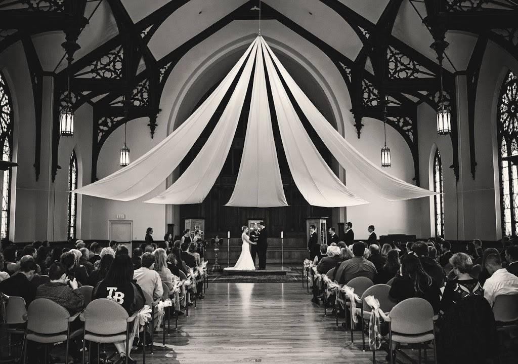Calvary Presbyterian Church - church  | Photo 3 of 10 | Address: 628 N 10th St, Milwaukee, WI 53233, USA | Phone: (414) 271-8782