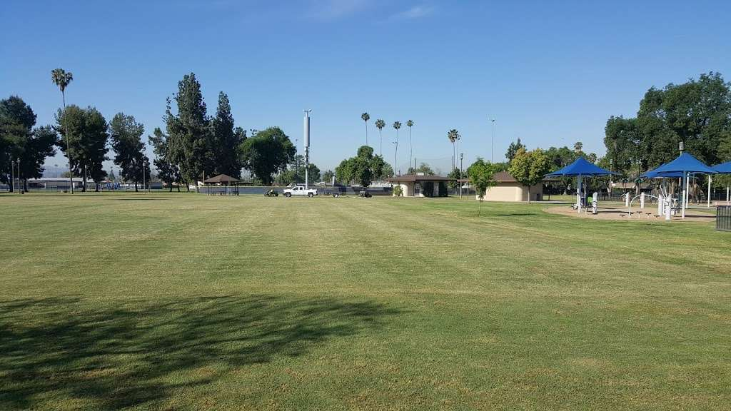 Palmview Park - park  | Photo 2 of 10 | Address: 1340 E Puente Ave, West Covina, CA 91790, USA | Phone: (626) 919-6966