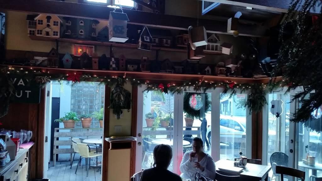 Treehouse Restaurant and Pub - restaurant    Photo 4 of 7   Address: 7 Kings Cir NE, Atlanta, GA 30305, USA   Phone: (404) 266-2732