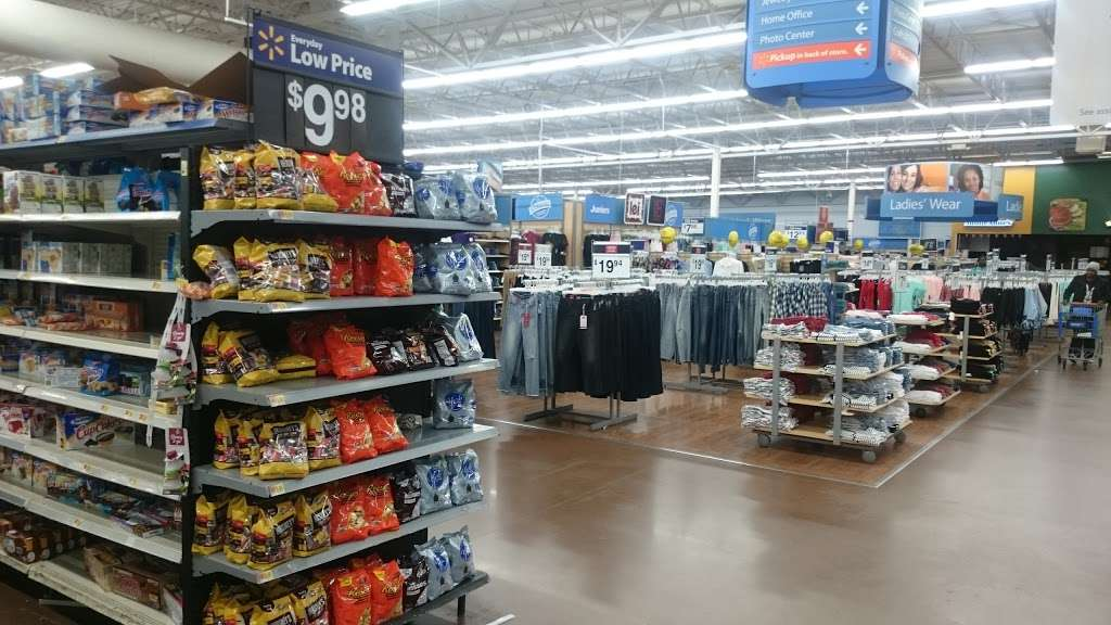 Walmart - supermarket  | Photo 6 of 10 | Address: 6210 Annapolis Rd, Landover Hills, MD 20784, USA | Phone: (301) 773-7848