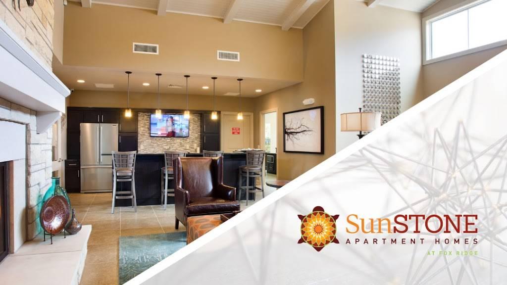 SunSTONE Apartment Homes at Fox Ridge - real estate agency    Photo 9 of 10   Address: 3540 N Maize Rd, Wichita, KS 67205, USA   Phone: (316) 558-5200