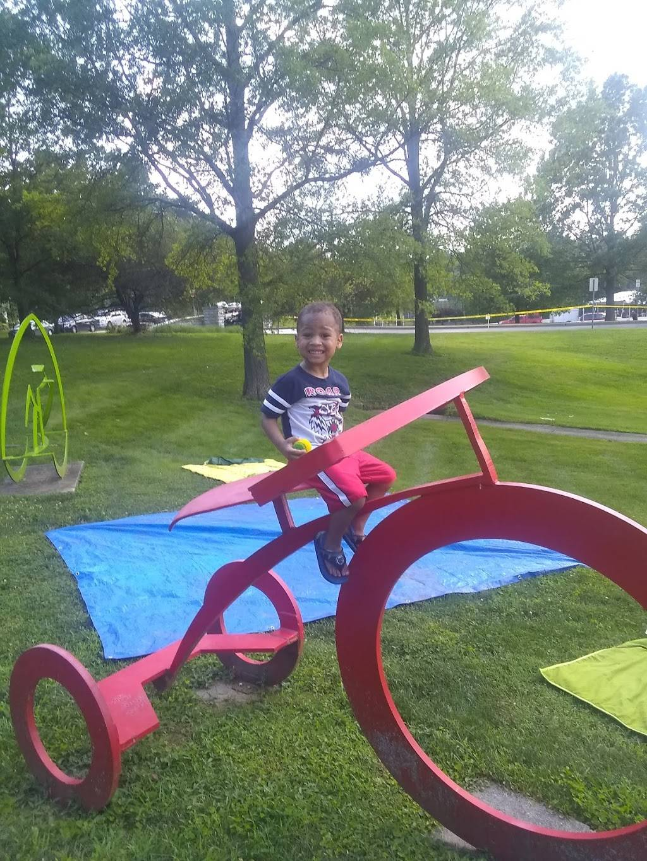 Memorial Park - park    Photo 9 of 10   Address: 33 E Glendale Rd, Webster Groves, MO 63119, USA   Phone: (314) 963-5600