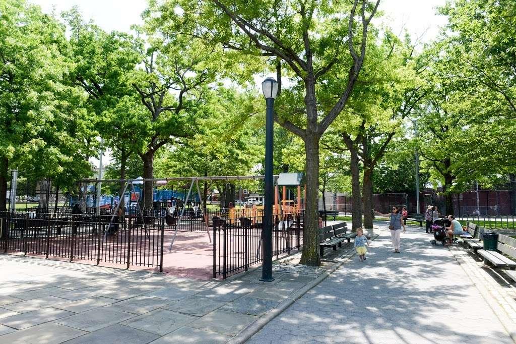 Frank Principe Park - park  | Photo 1 of 10 | Address: 63rd Street, Maurice Ave, Maspeth, NY 11378, USA | Phone: (212) 639-9675