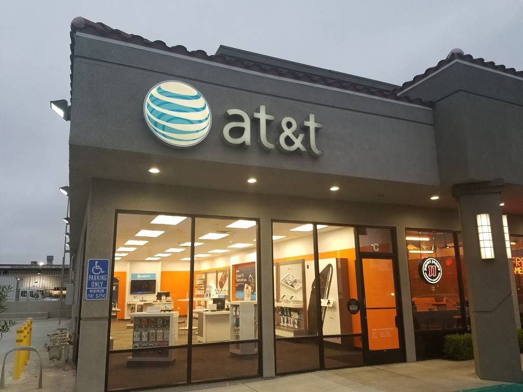 AT&T Store - electronics store  | Photo 1 of 10 | Address: 2800 Harbor Blvd Suite C, Costa Mesa, CA 92626, USA | Phone: (714) 432-0900