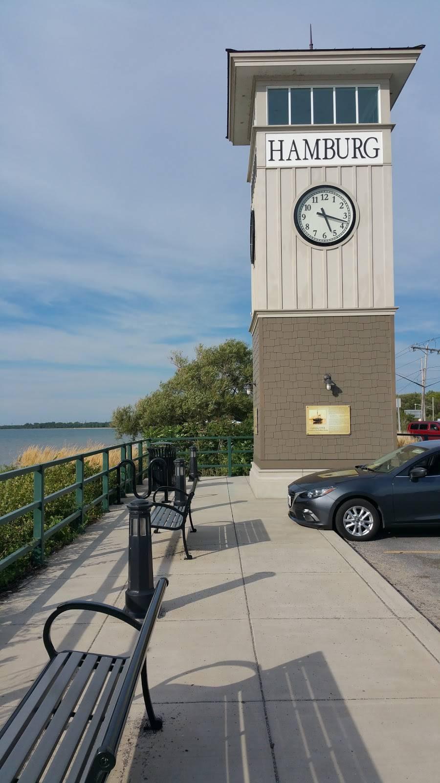 Red Top Hot Dogs - restaurant  | Photo 7 of 9 | Address: 3360 Big Tree Rd, Hamburg, NY 14075, USA | Phone: (716) 627-5163