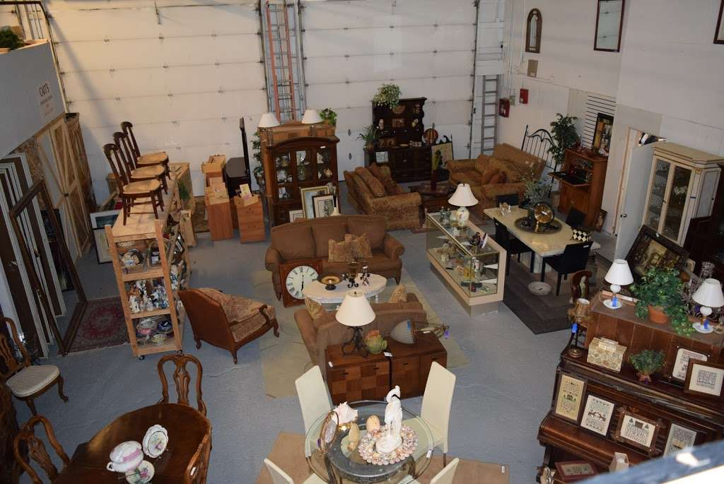 Caits Warehouse - Consignments and Estate Sales - furniture store  | Photo 6 of 10 | Address: 10201 191st St, Mokena, IL 60448, USA | Phone: (708) 995-7746