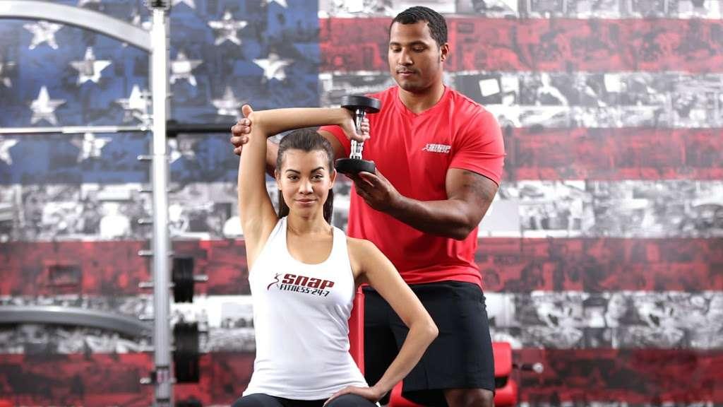 Snap Fitness - gym  | Photo 4 of 5 | Address: 200 S Best Ave, Walnutport, PA 18088, USA | Phone: (610) 767-2616