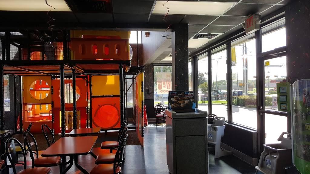 McDonalds - cafe  | Photo 5 of 10 | Address: 4450 Gus Thomasson Rd, Mesquite, TX 75150, USA | Phone: (972) 681-0854