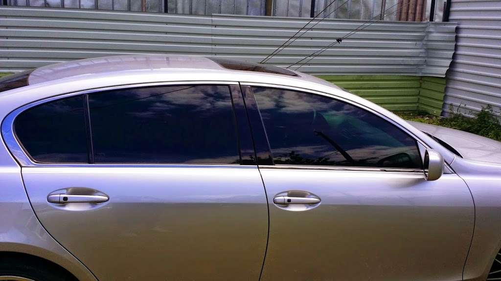 Reeds window tint - car repair  | Photo 3 of 10 | Address: 3138 Reed Rd, Houston, TX 77051, USA | Phone: (832) 875-0506