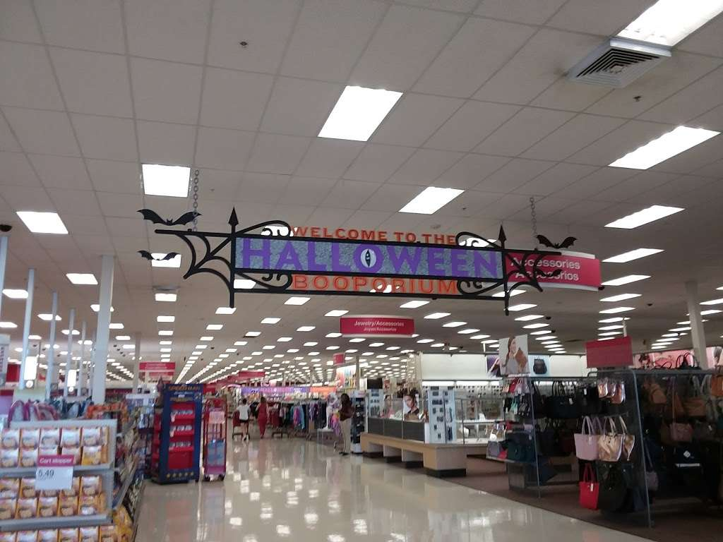 Target - department store  | Photo 3 of 10 | Address: 5601 NW 183rd St, Miami Gardens, FL 33055, USA | Phone: (305) 760-7008