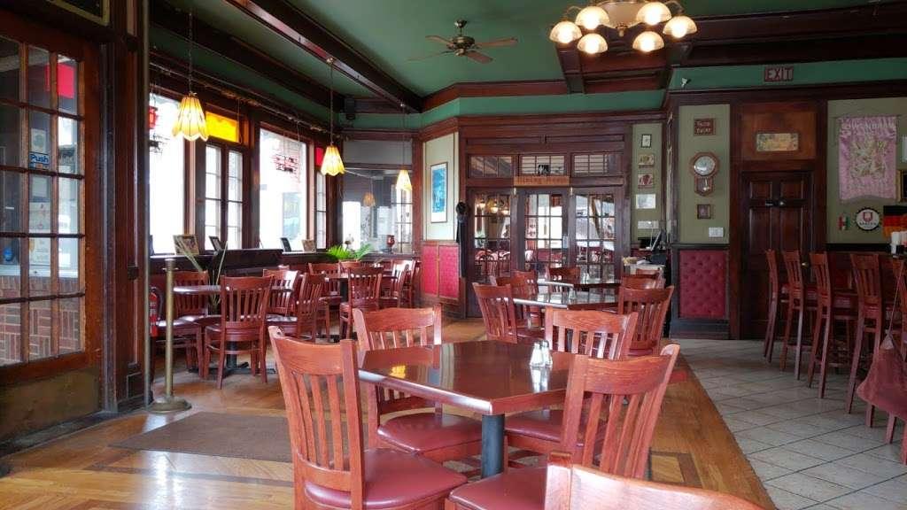 Carriage House - restaurant  | Photo 10 of 10 | Address: 3351 NY-97, Barryville, NY 12719, USA | Phone: (845) 557-0400