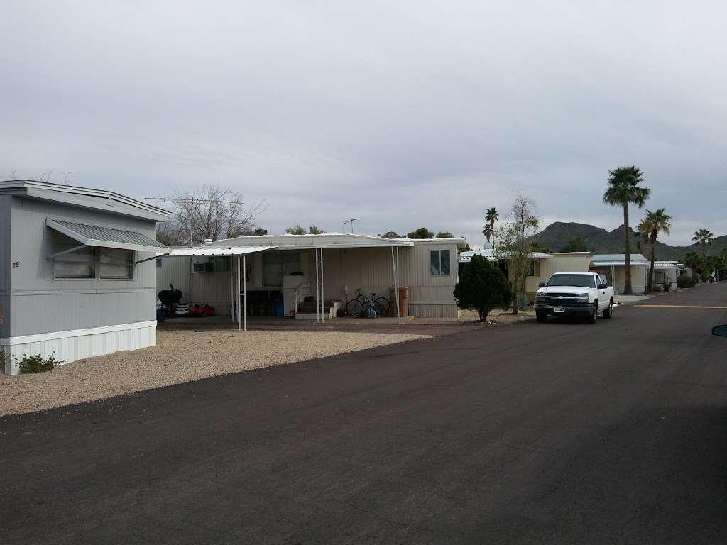 Moon Valley Mobile Home Park - rv park  | Photo 3 of 5 | Address: 1304 E Bell Rd, Phoenix, AZ 85022, USA | Phone: (602) 992-8570