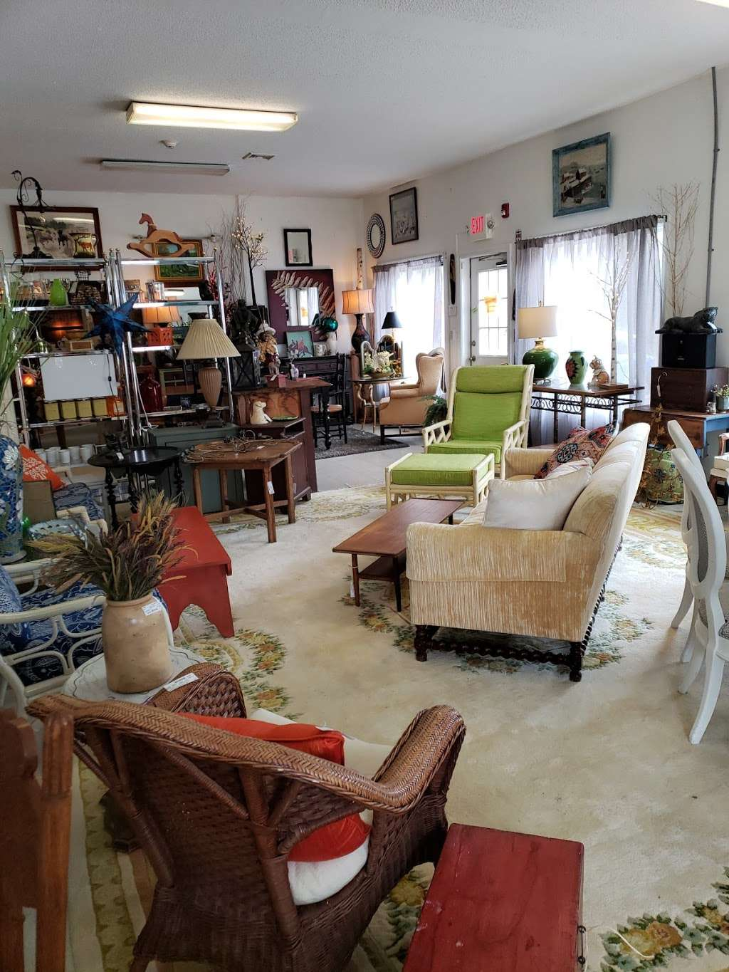 Amherst Furniture Amp Consignment Furniture Store 2 Paul