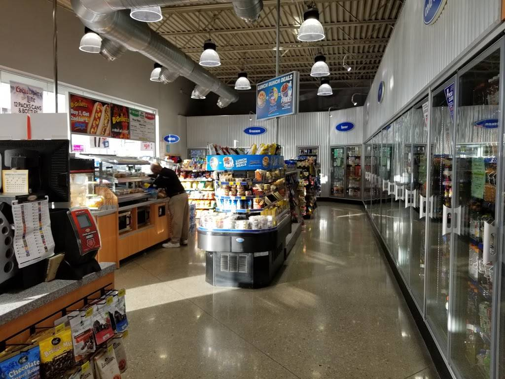 Buckys Convenience Stores - convenience store  | Photo 6 of 10 | Address: 4865 S 108th St, Omaha, NE 68127, USA | Phone: (402) 502-3025
