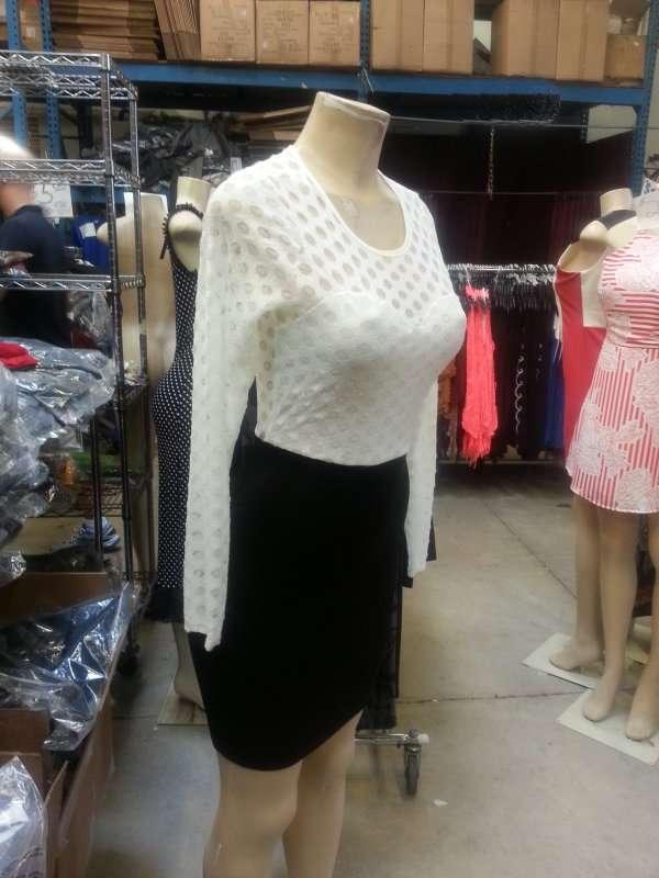 Hudson Wholesale, Inc. - clothing store  | Photo 5 of 10 | Address: 326 Hudson St, Hackensack, NJ 07601, USA | Phone: (201) 489-7282