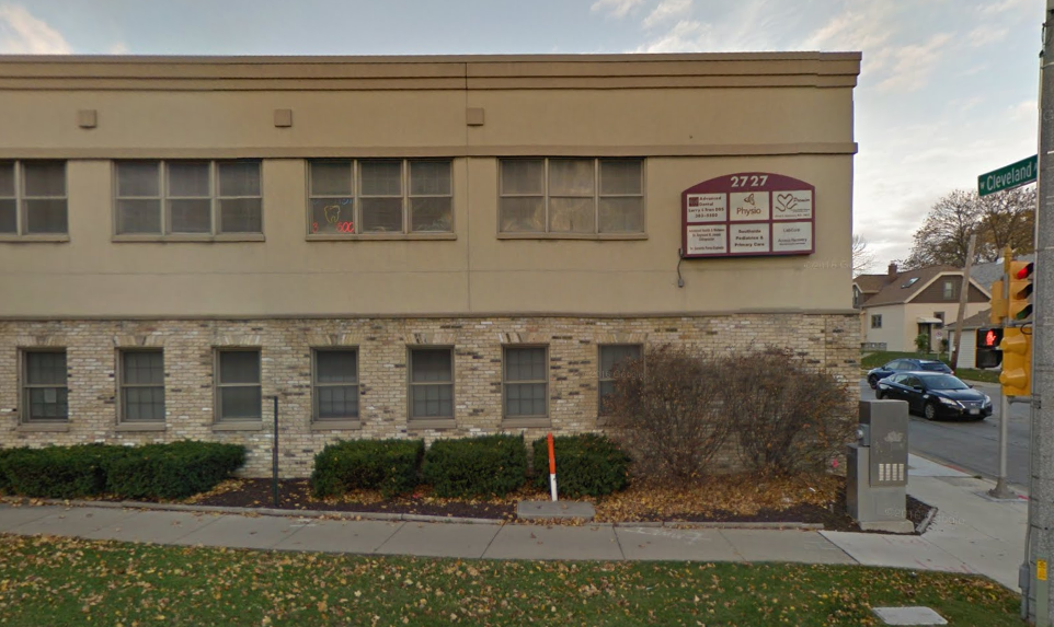 Lifetime Chiropractic Center, LLC - doctor  | Photo 1 of 2 | Address: 2727 W Cleveland Ave suite 100, Milwaukee, WI 53215, USA | Phone: (414) 643-6000