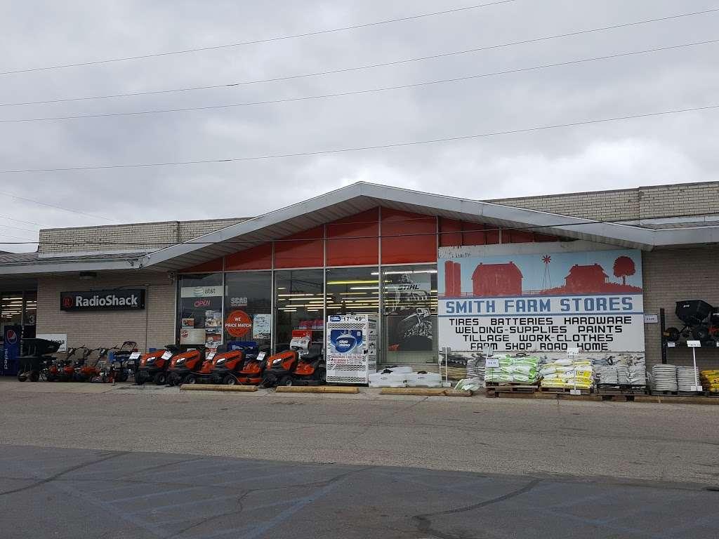 Smith Farm Stores Inc. - hardware store  | Photo 3 of 10 | Address: 1002 S Heaton St, Knox, IN 46534, USA | Phone: (574) 772-5220