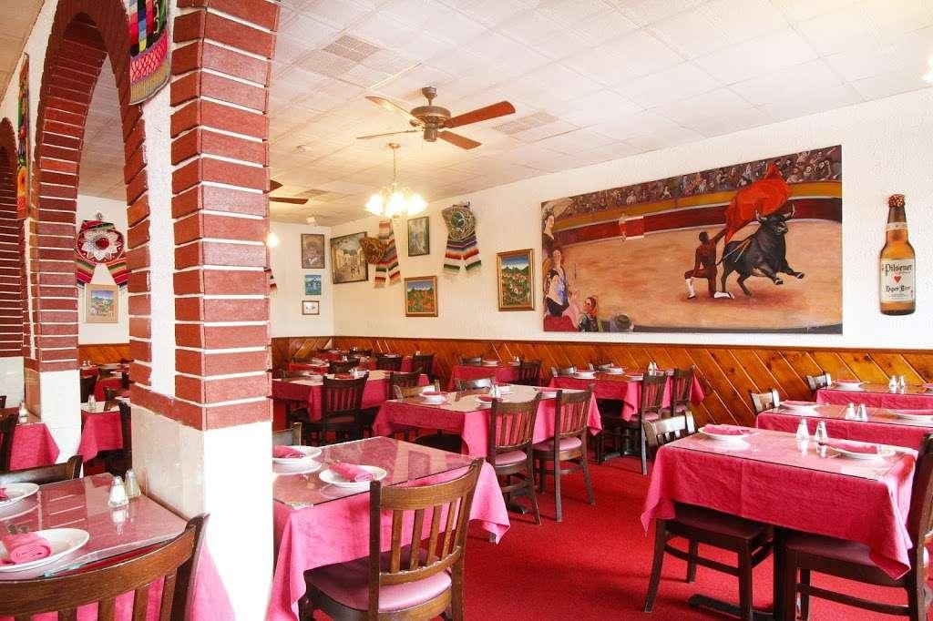Acapulco Restaurant - restaurant  | Photo 5 of 10 | Address: 464 Centre St, Jamaica Plain, MA 02130, USA | Phone: (617) 524-4328