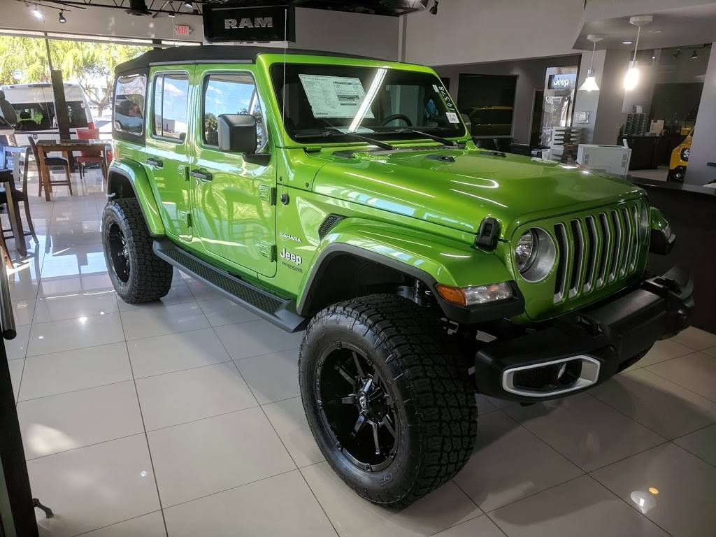Dayton Andrews Dodge Chrysler Jeep Ram - car dealer  | Photo 3 of 10 | Address: 2301 34th St N, St. Petersburg, FL 33713, USA | Phone: (727) 321-0500