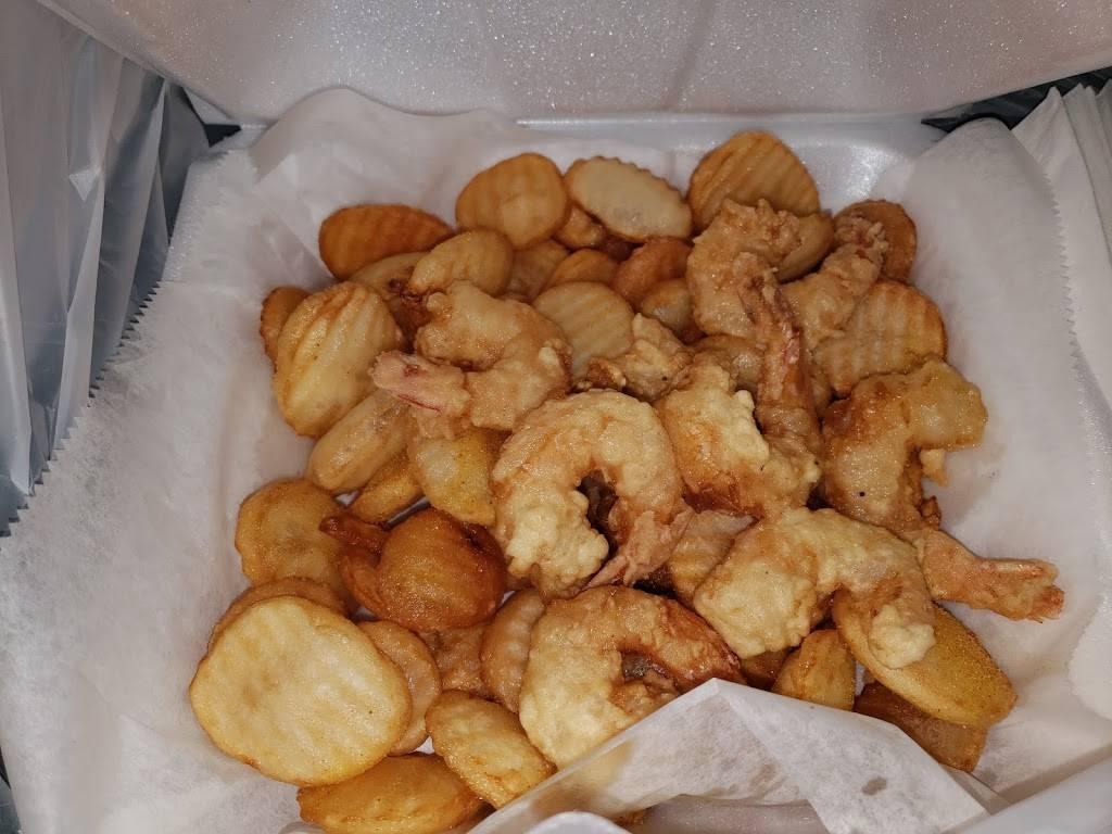 The Chippery - restaurant  | Photo 6 of 8 | Address: 156 Broadway, Jersey City, NJ 07306, USA | Phone: (201) 893-4424