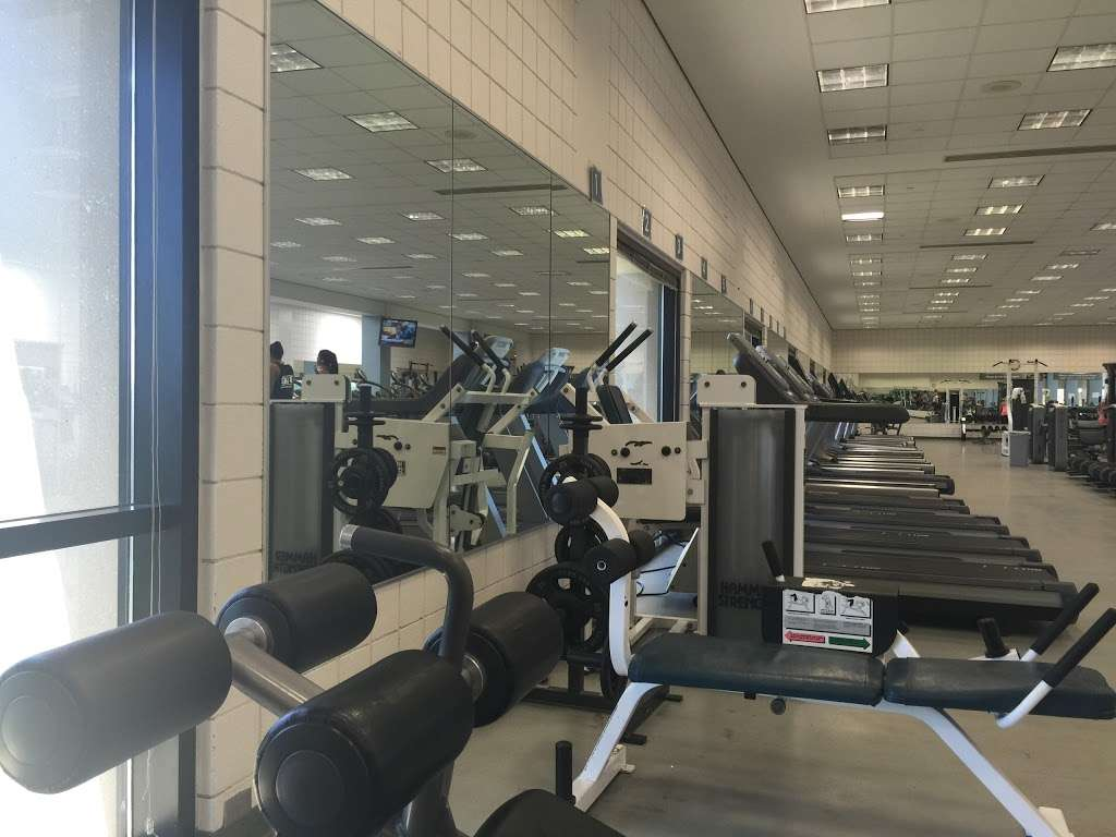 Student Recreational Sports Center (SRSC) - gym  | Photo 10 of 10 | Address: 1601 E Law Ln, Bloomington, IN 47408, USA | Phone: (812) 855-7772
