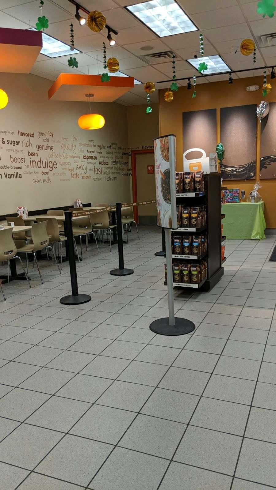 Dunkin Donuts - cafe  | Photo 10 of 10 | Address: 1039 US-46, Ledgewood, NJ 07852, USA | Phone: (973) 927-1044