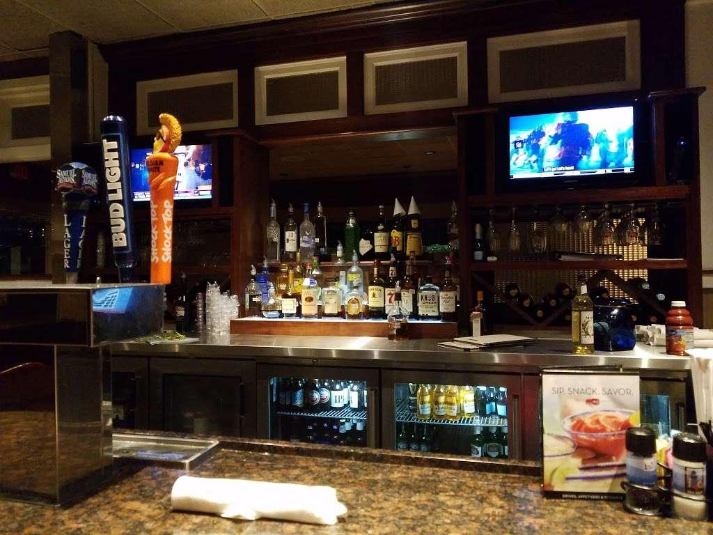 Red Lobster - restaurant  | Photo 3 of 10 | Address: 4717 I-10, Baytown, TX 77521, USA | Phone: (281) 421-5656