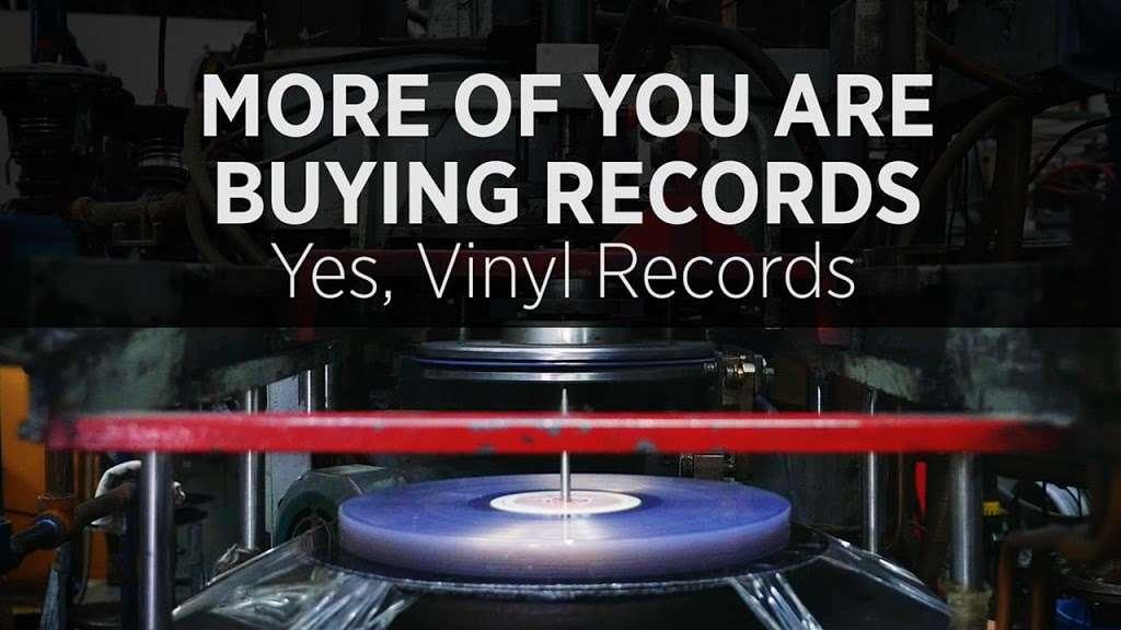 Jayla Records - electronics store    Photo 8 of 10   Address: 645 E 224th St, Bronx, NY 10466, USA   Phone: (347) 961-5077
