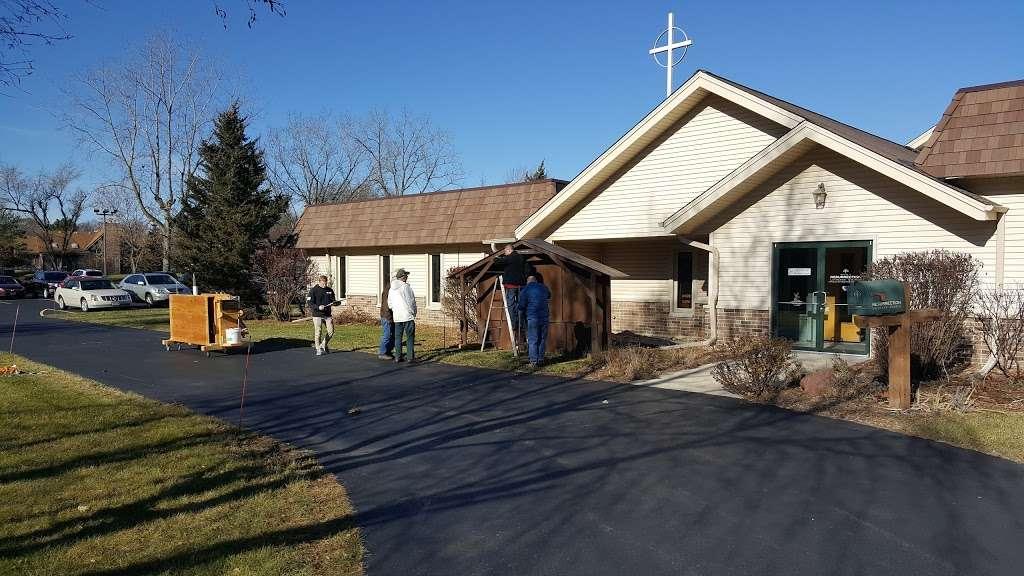 Resurrection Lutheran Church - church  | Photo 4 of 10 | Address: 12400 W Cold Spring Rd, New Berlin, WI 53151, USA | Phone: (262) 786-8880