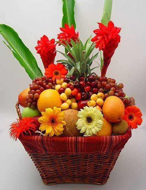 Crown Heights Florist & Fruit Baskets - florist    Photo 5 of 10   Address: 325 Kingston Ave, Brooklyn, NY 11213, USA   Phone: (718) 773-1000