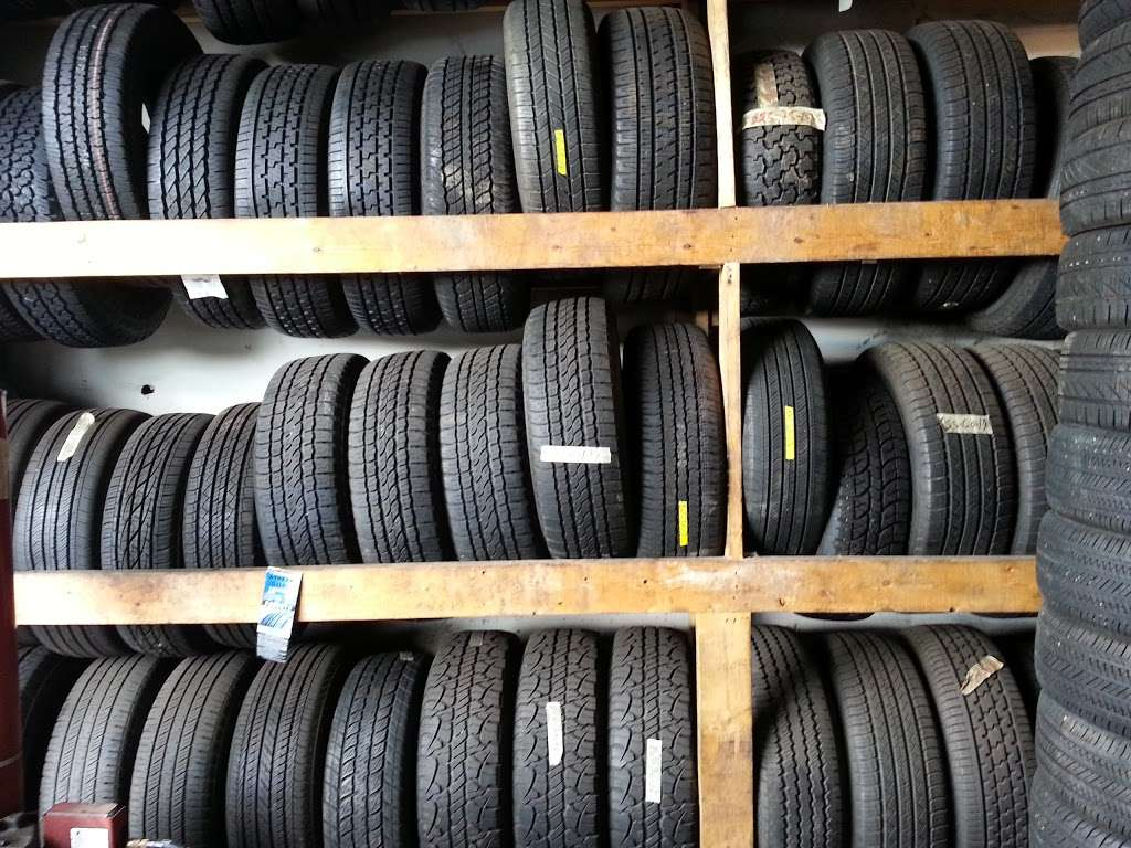 Used And New Tires Erasmo Pena - car repair  | Photo 1 of 10 | Address: 17499 Old Stage Coach Rd, Dumfries, VA 22026, USA | Phone: (571) 205-9575