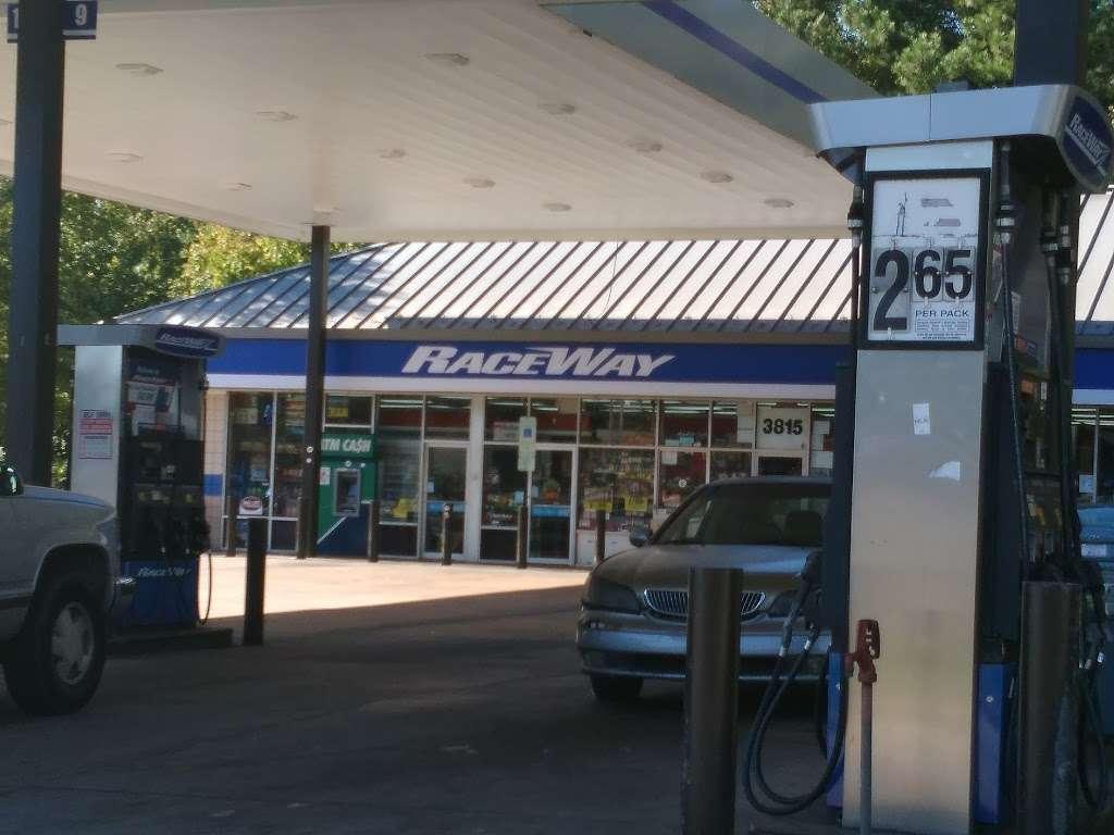Raceway - convenience store  | Photo 6 of 10 | Address: 3815 Brookshire Blvd, Charlotte, NC 28216, USA | Phone: (704) 391-0071