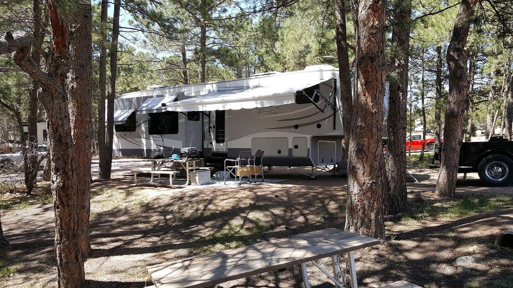 Colorado Heights Camping Resort - campground  | Photo 1 of 10 | Address: 19575 Monument Hill Rd, Monument, CO 80132, USA | Phone: (719) 481-2336