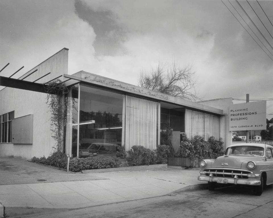 Los Feliz Realtor David Bramante - real estate agency    Photo 2 of 10   Address: 2379 Glendale Blvd, Los Angeles, CA 90039, USA   Phone: (213) 216-3754