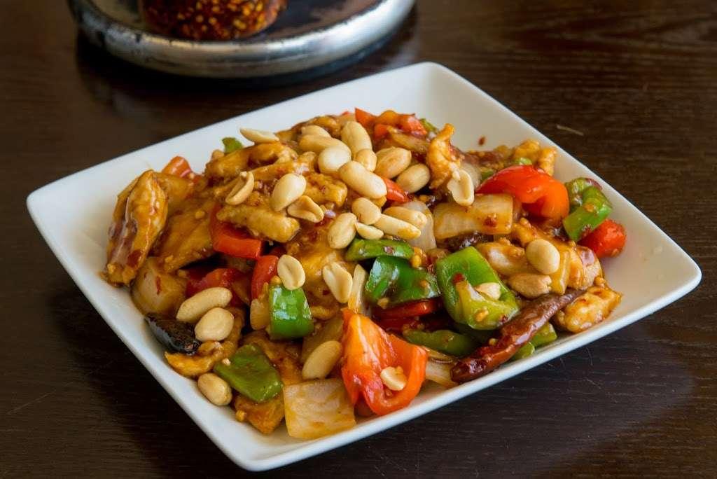 Tasty Wok Cuisine - meal delivery  | Photo 3 of 10 | Address: 11628 Santa Monica Blvd #7, Los Angeles, CA 90025, USA | Phone: (310) 826-0900
