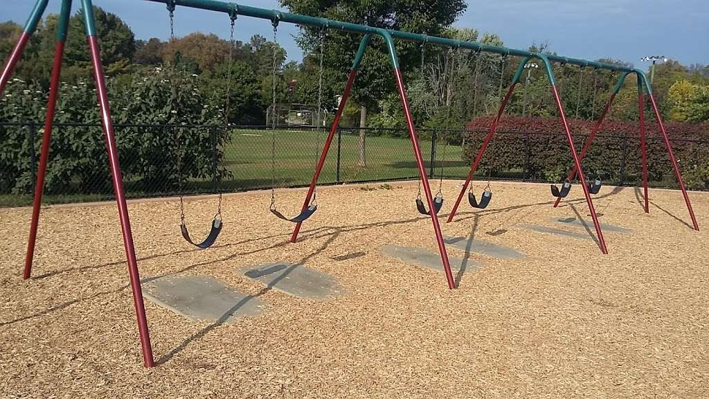 Overlook Elementary School - school  | Photo 5 of 10 | Address: 2001 Old Welsh Rd, Abington, PA 19001, USA | Phone: (215) 657-0857