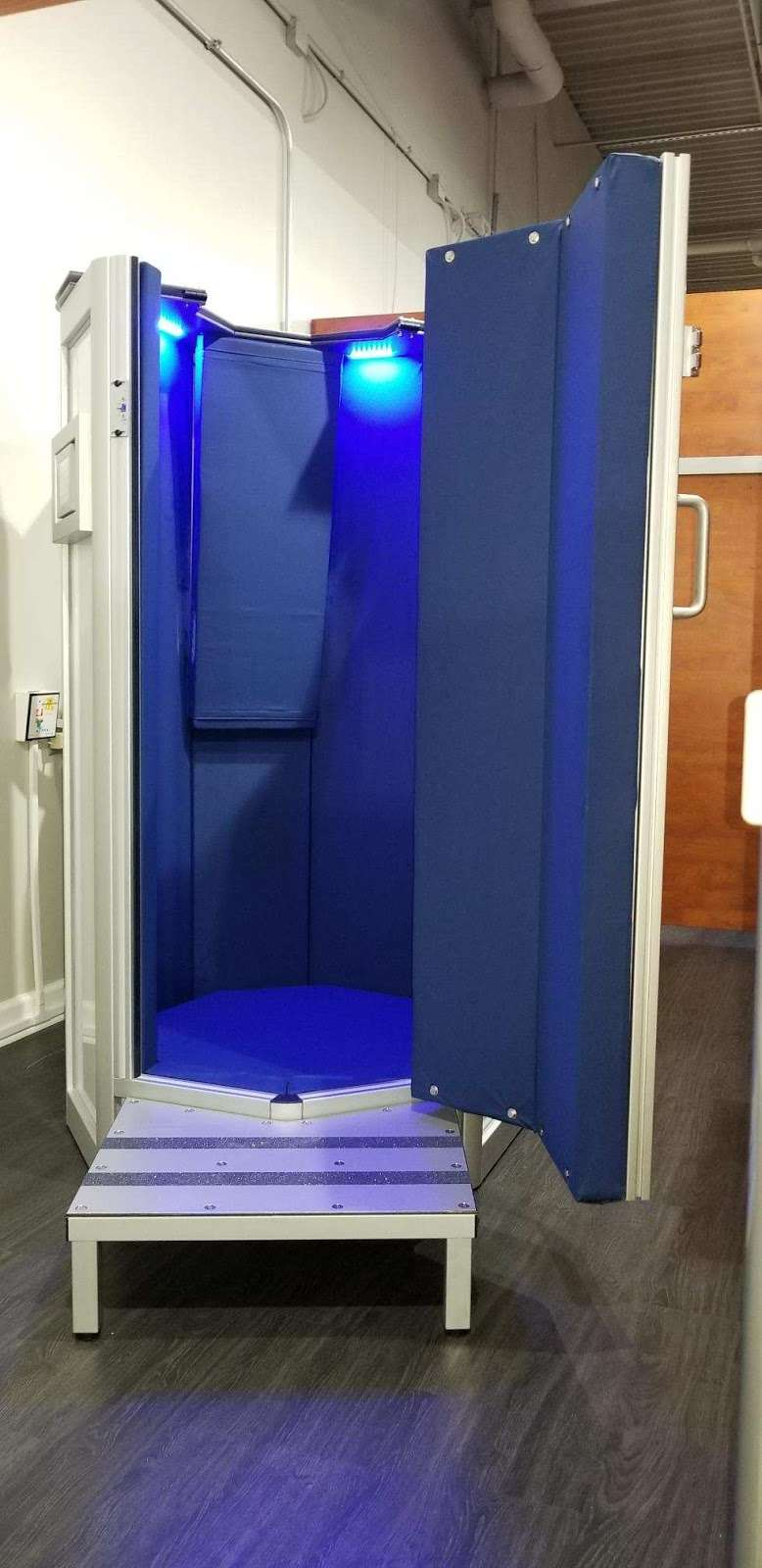 CryoLuxe Cryotherapy Plainfield - spa    Photo 6 of 10   Address: 2316 IL-59 Located Inside Unlimited Tan, Plainfield Township, IL 60586, USA   Phone: (815) 254-8900