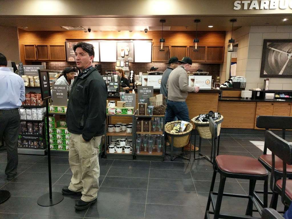Starbucks - cafe  | Photo 1 of 10 | Address: NJ Tpke, Ridgefield, NJ 07657, USA | Phone: (201) 943-1171