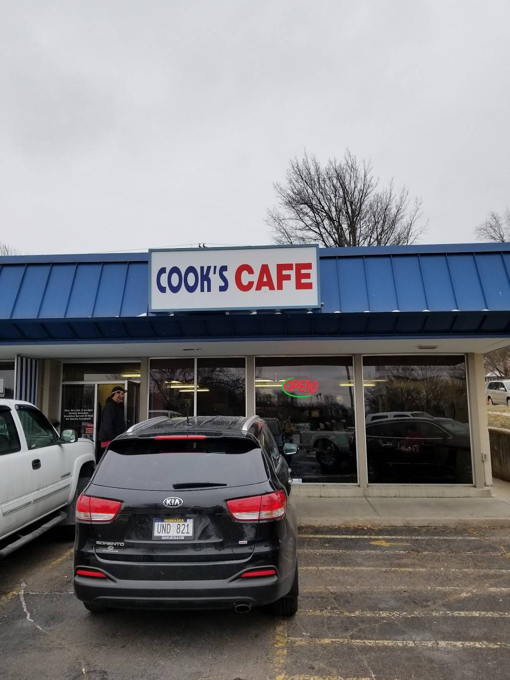 Cooks Cafe - cafe  | Photo 6 of 9 | Address: 1300 N 66th St, Lincoln, NE 68505, USA | Phone: (402) 466-1771