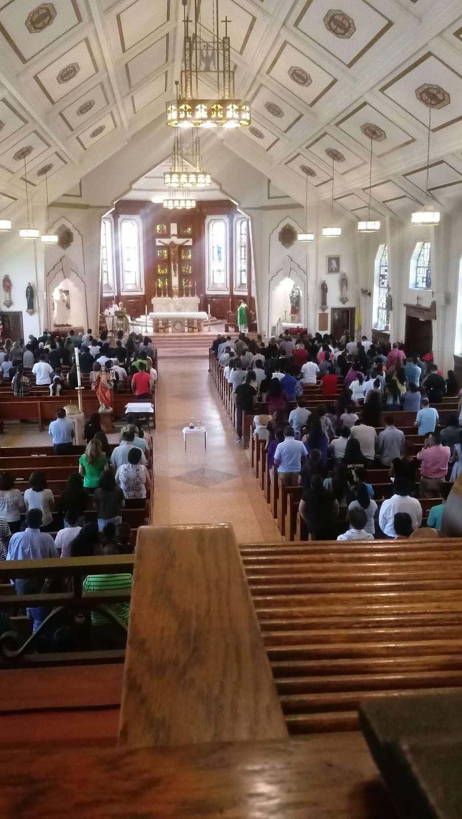 St Marys Winfield - church  | Photo 6 of 10 | Address: 70-31 48th Ave, Woodside, NY 11377, USA | Phone: (718) 672-4848