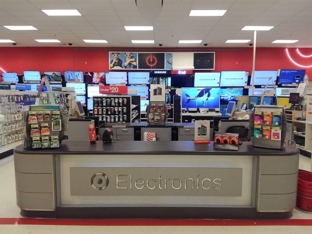 Target - department store  | Photo 5 of 8 | Address: 4450 Park St N, St. Petersburg, FL 33709, USA | Phone: (727) 548-0400